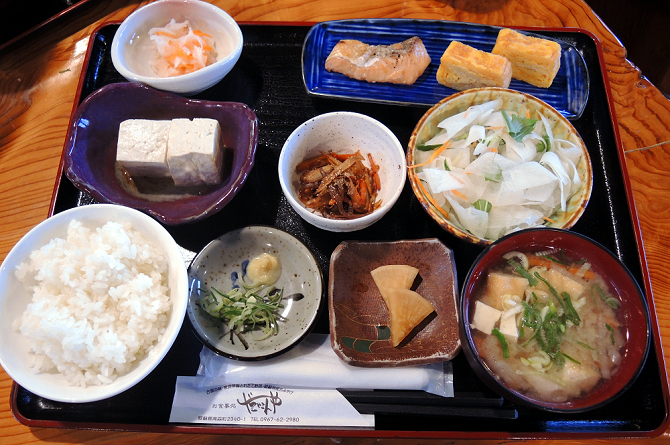 Typical main course ryokan breakfast, stay in a ryokan, the real japan