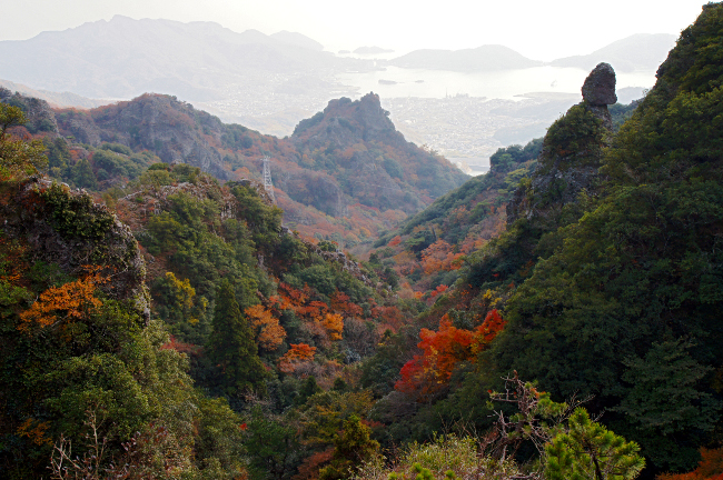 Kankakei Gorge, Shodoshima Photo: 633highland