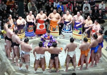 Makuuchi wrestlers ring entance ceremony The Real Japan Rob Dyer
